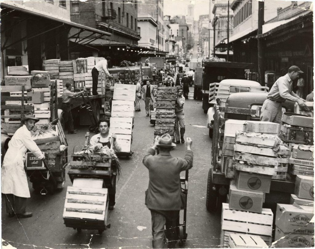 Deliveries being made to produce markets on Washington Street, April 30, 1952. Credit:SAN FRANCISCO HISTORY CENTER, SAN FRANCISCO PUBLIC LIBRARY